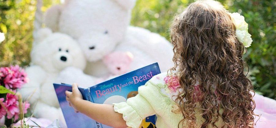 ucenje-anglescine-otroci-branje